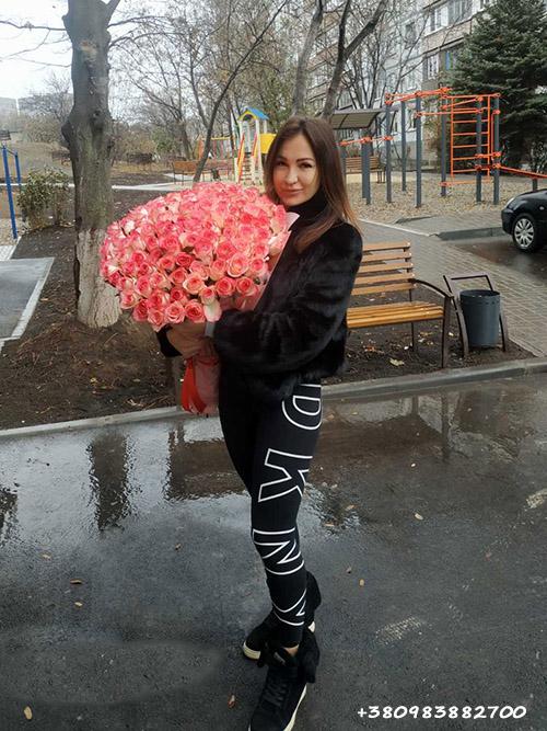 """101 розовая роза """"Джумилия"""" фото доставки"""