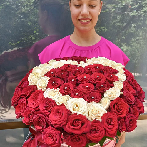 Фото товара 101 роза сердце